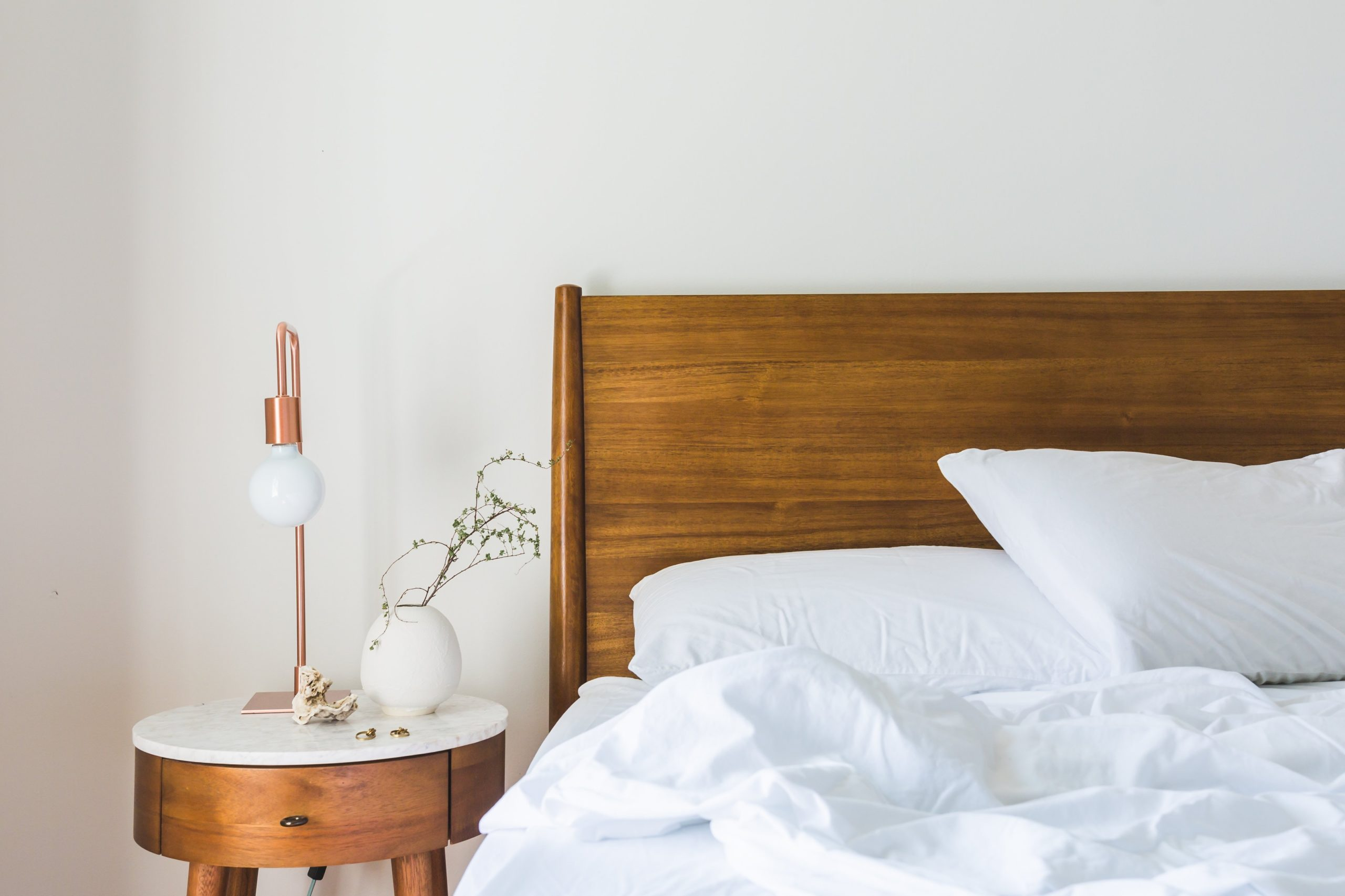 The Pros and Cons of Staying at an Airbnb