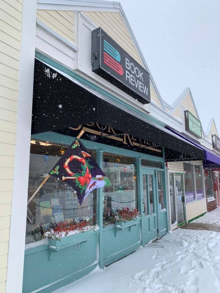 Book Review Bookstore in Falmouth, Maine
