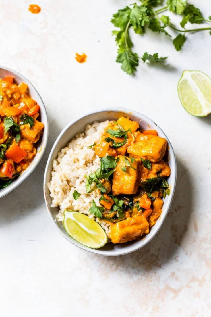A full bowl of easy tofu curry with rice.