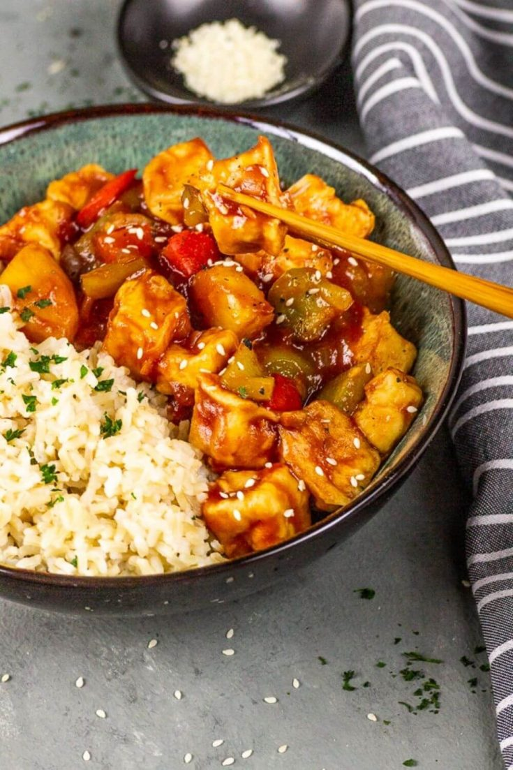 Make homemade Chinese and Asian takeout with these amazing and healthy Asian tofu recipes! These are all vegetarian and vegan recipes. Many of them are super easy and include noodles, fried rice, dumplings, takeout Chinese food copycats, spicy dishes, and more. Get your fill of crispy baked tofu, or spongy fried tofu. Here are 23 flavorful and delicious Asian tofu recipes!