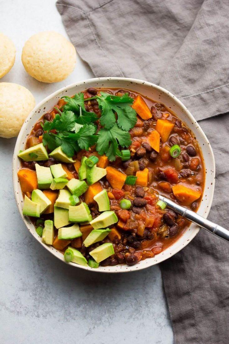 A large, delicious bowl of sweet potato black bean chili.